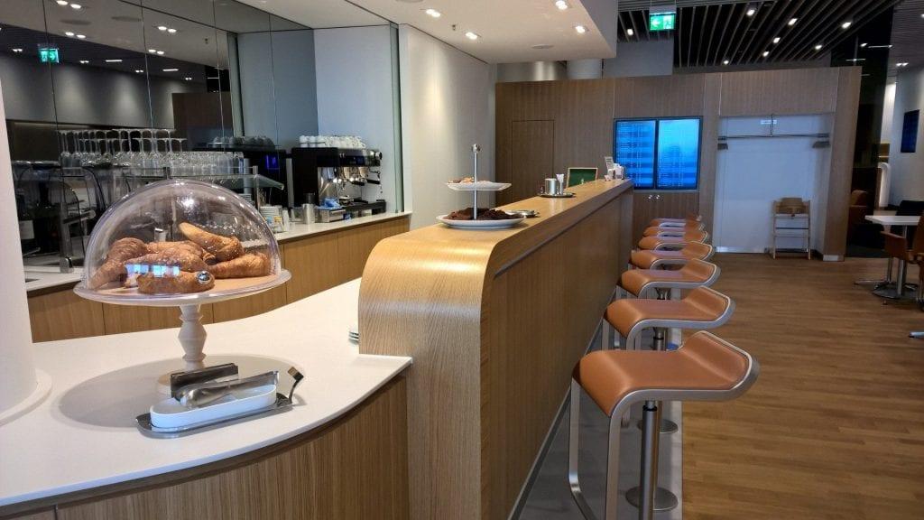 Lufthansa-Senator-Lounge-München-Bar