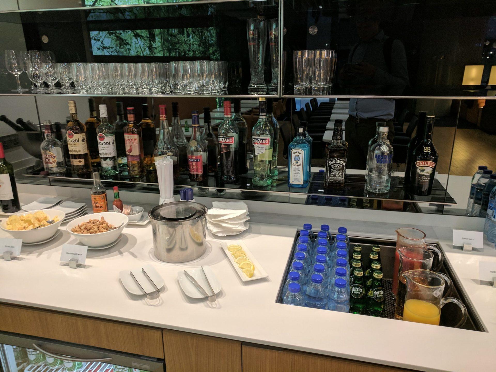 Lufthansa Senator Lounge Dubai Open Bar