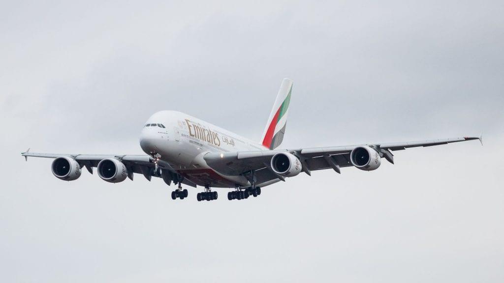 Emirates Airbus A380 Landeanflug