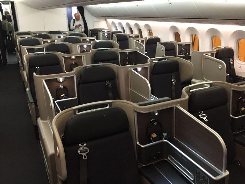 Qantas B7879 Business Class von vorne 1