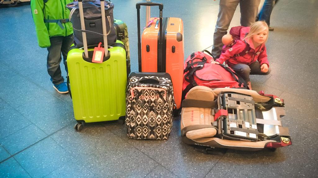Fliegen Mit Kindern Autositz & Gepäck