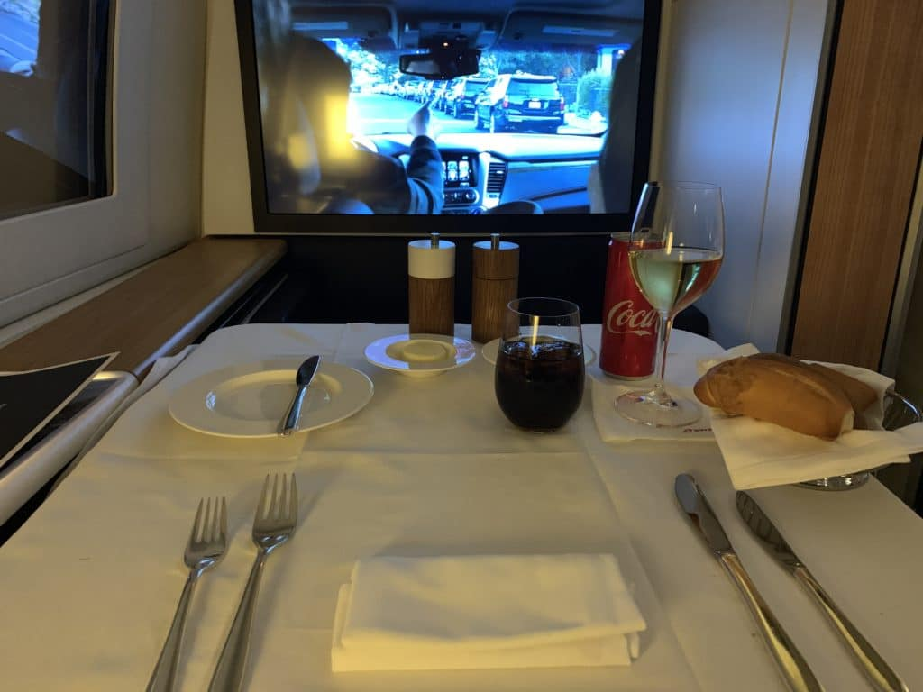Swiss First Class 777 Gedeck