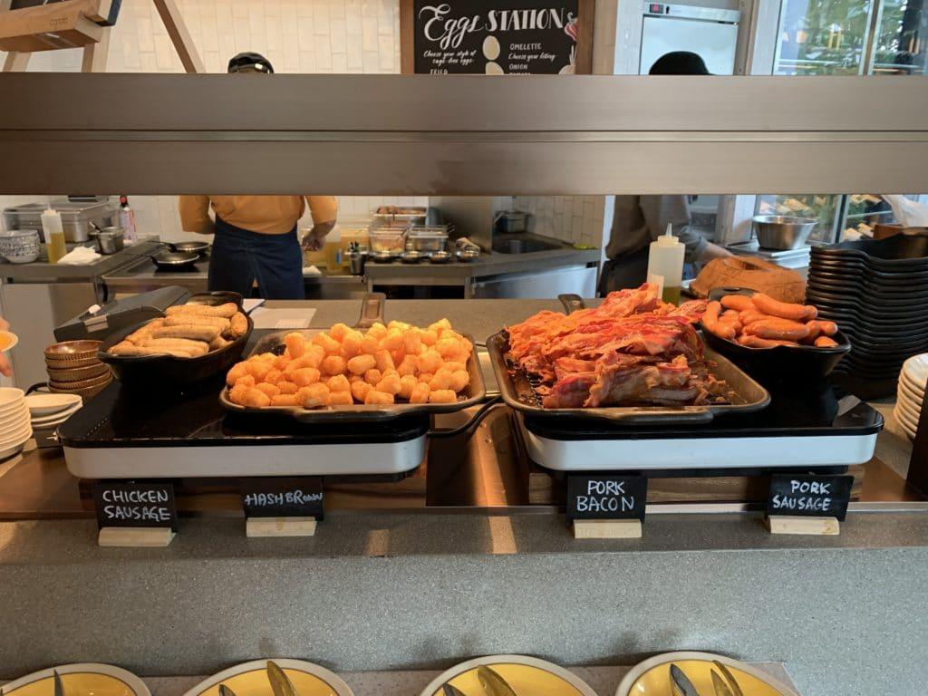 Andaz Singapore Frühstück English