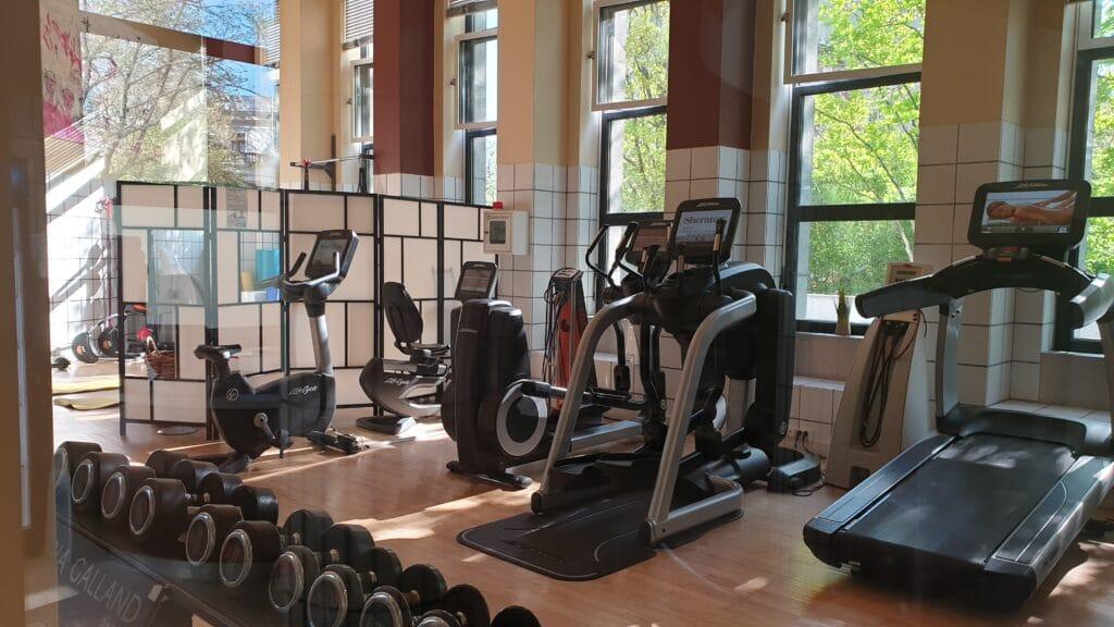 Berlin Sheraton Grand Hotel Esplanade Fitness 1