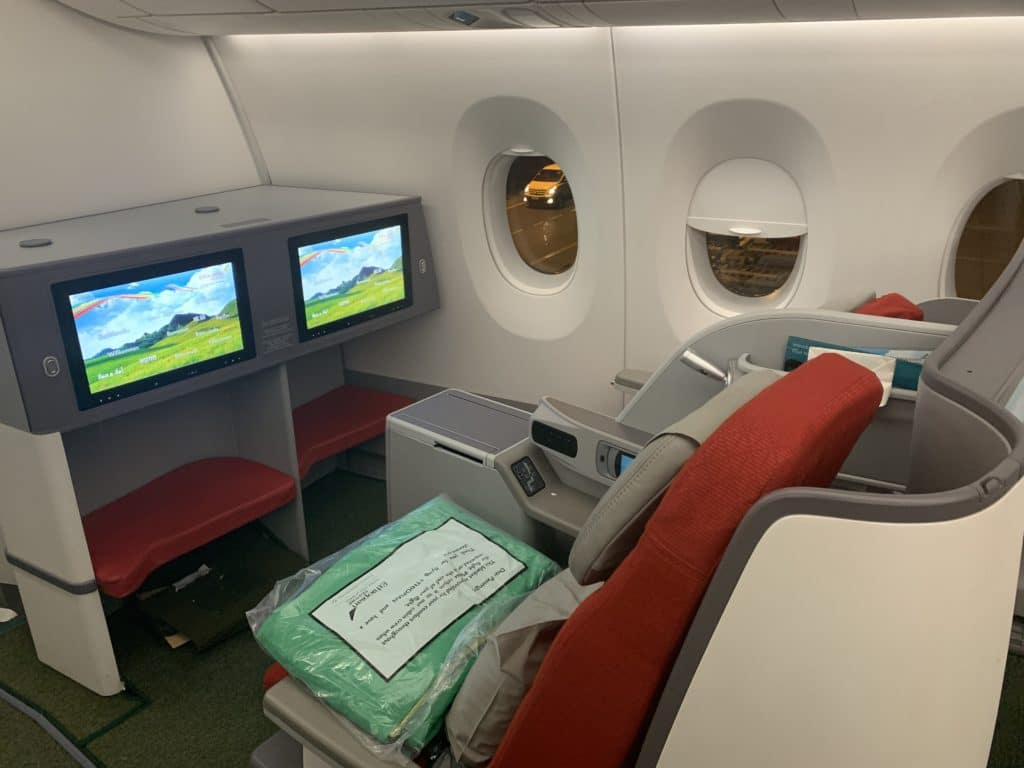 Ethiopian A350 Business Class Seat Mit IFE