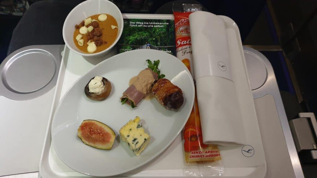 Lufthansa Ultra Kurzstrecke Business Class CRJ 900 4