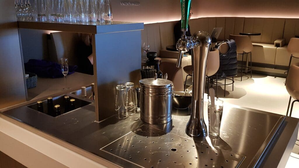 Star Alliance Lounge Amsterdam 11