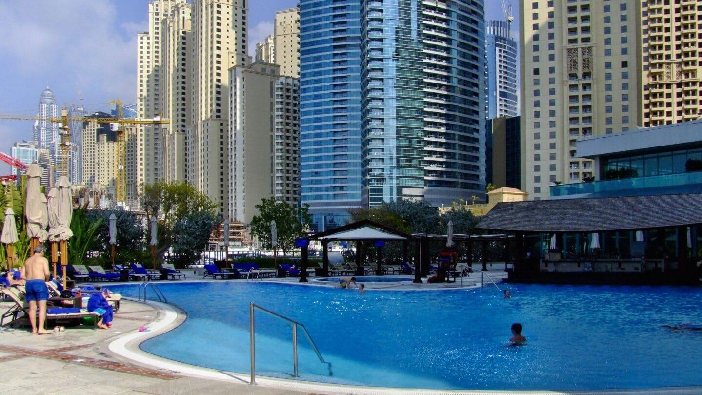 Pool Hilton Dubai Jumeirah Beach