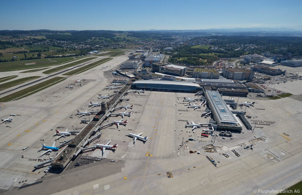 ZurichAirport AerialView2