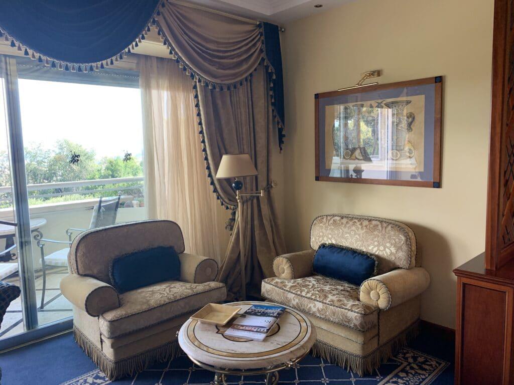 Waldorf Astoria Rom Zimmer Sitzecke