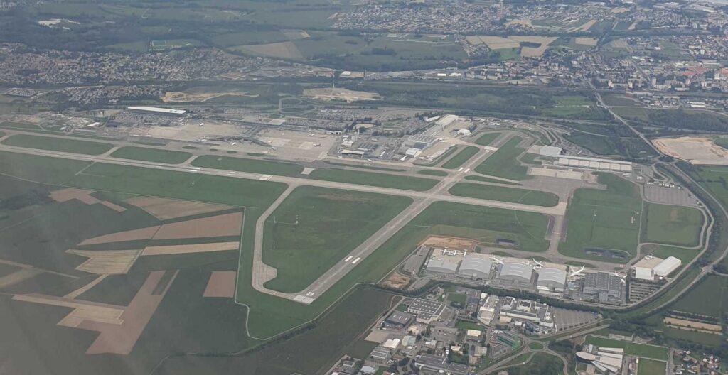 Basel Flugzeug Bild Luftaufnahme Flughafen – Quelle: Alex