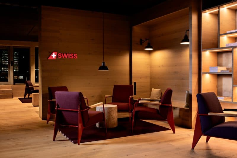 Swiss Alpine Lounge ZRH 1
