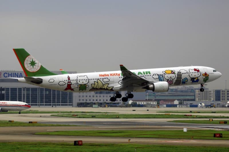 Eva Air Airbus A330-300 Hello Kitty