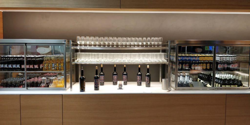 Swiss Senator Lounge Zürich A Corona Alkohol