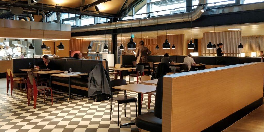Swiss Senator Lounge Zürich A Sitzgelegenheiten