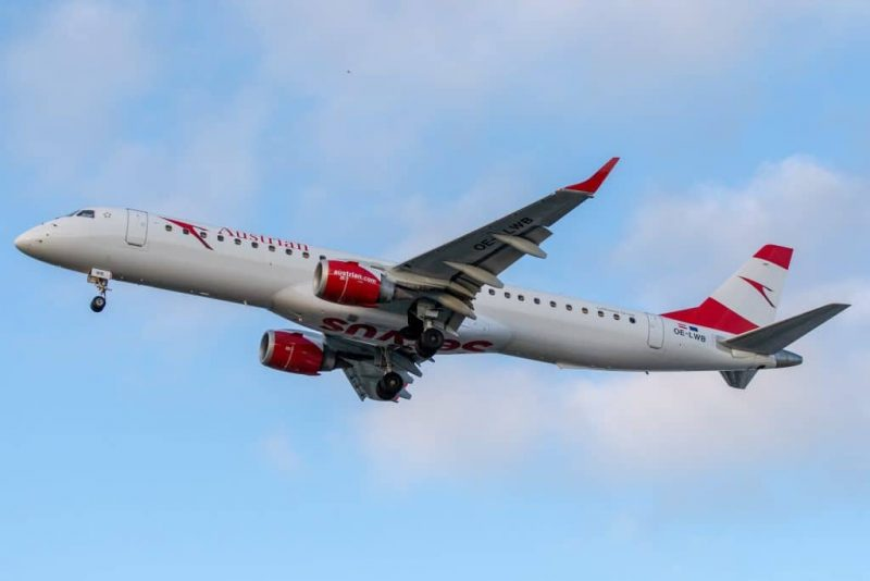 Austrian Airlines Embraer 1024x683