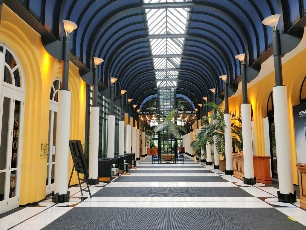 Victoria Jungfrau Grand Hotel Interlaken Lobby 2 1024x768 1