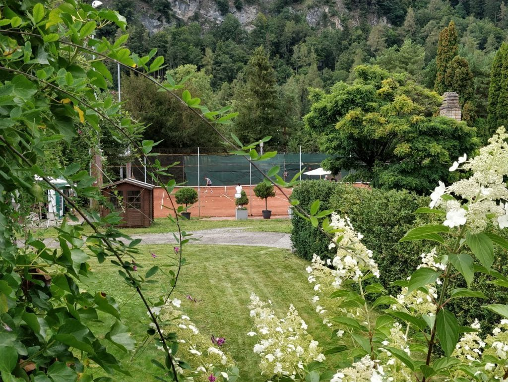 Victoria Jungfrau Grand Hotel Interlaken Tennis 1024x770