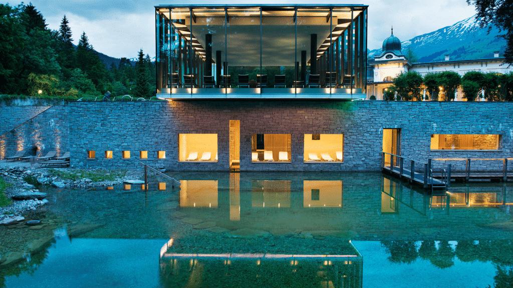 Wellnesshotel Waldhaus Flims in der Schweiz