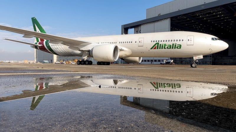 Alitalia Boeing 777 200ER