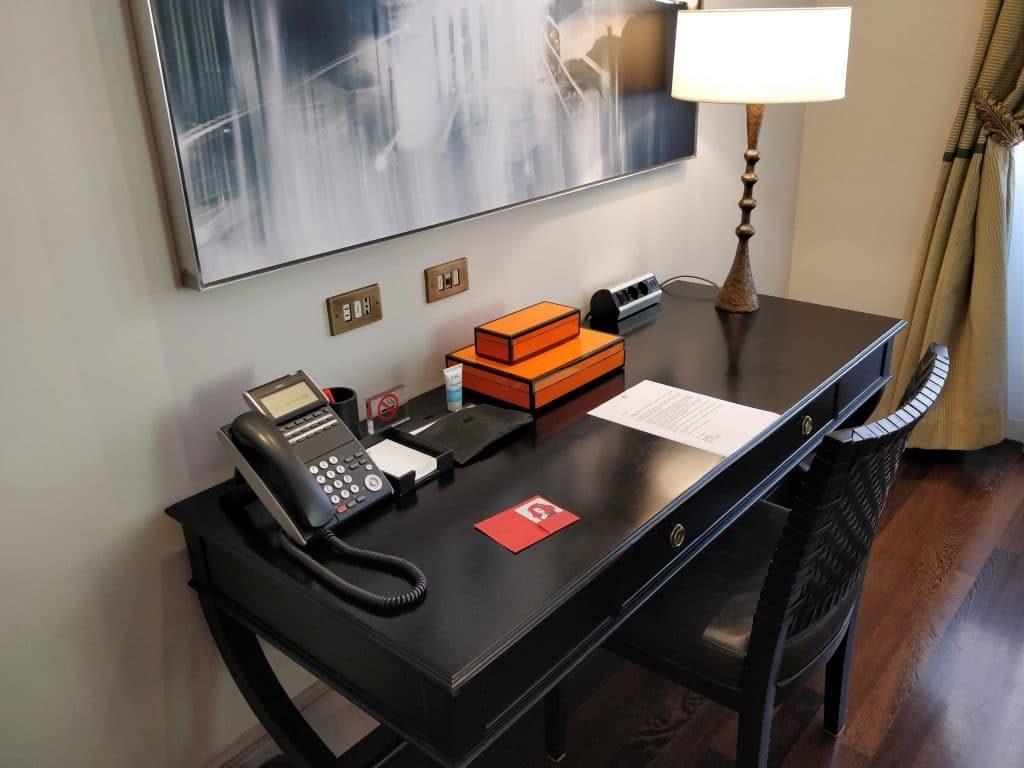 Hotel De Russie Rom Suite Wohnzimmer 7 1024x768