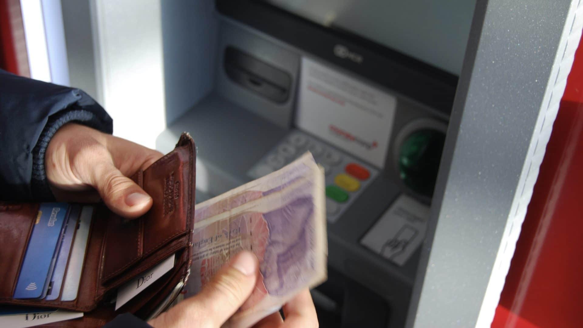 Swisscard Cashback Cards Geld abheben