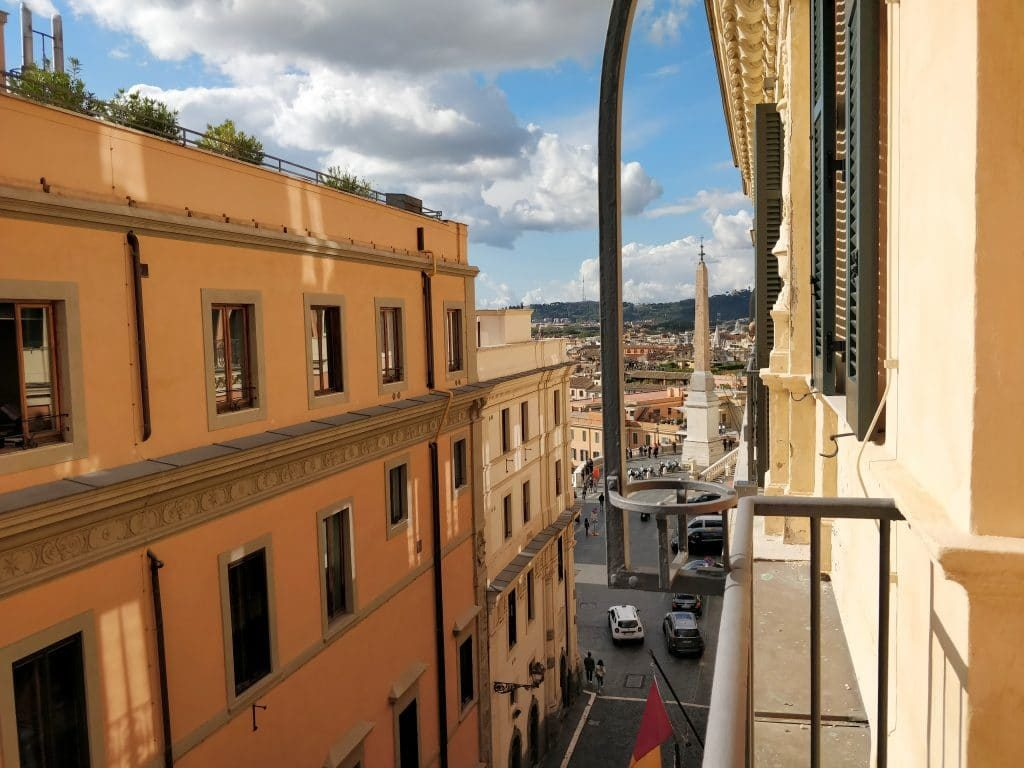 Rocco Forte Hotel De La Ville Balkon 1024x768