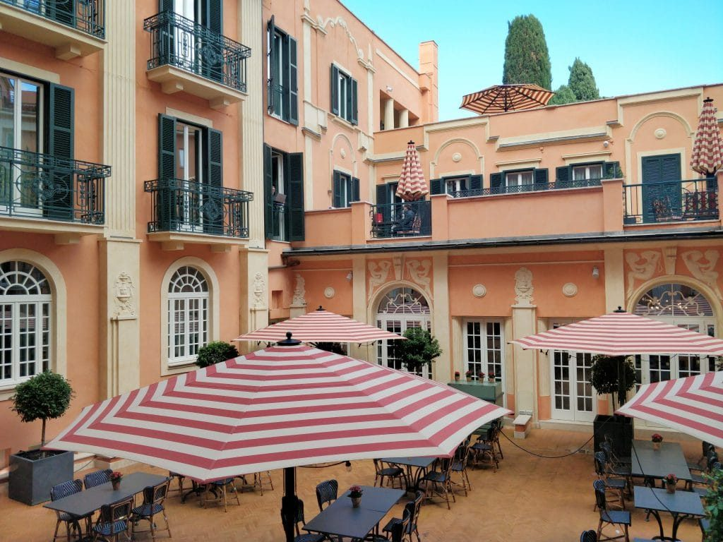 Rocco Forte Hotel De La Ville Rom Innenhof 1024x768