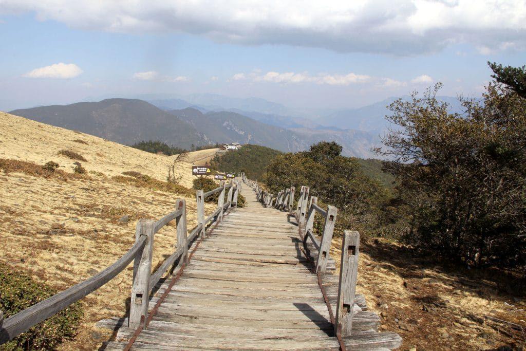 Jade Snow Dragon Mountains 3 1024x683