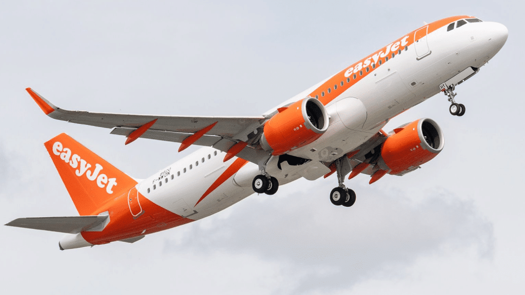 EasyJet A320neo 1 Cropped