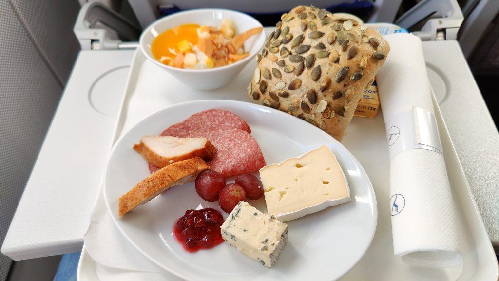 Lufthansa Business Class Catering 1024x576