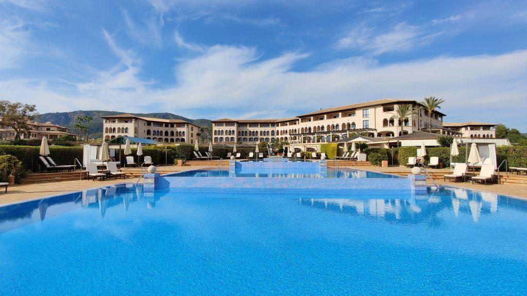 St. Regis Mallorca Mardavall Resort Pool 1024x575
