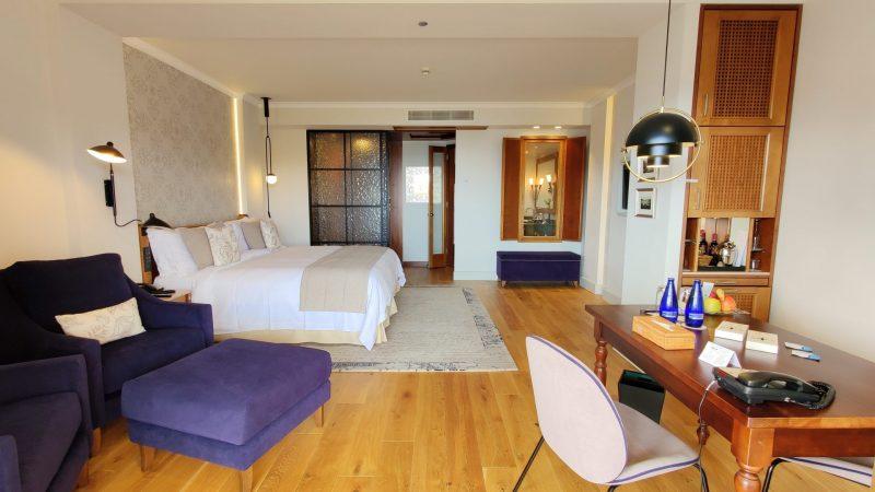 St. Regis Mallorca Mardavall Resort Zimmer