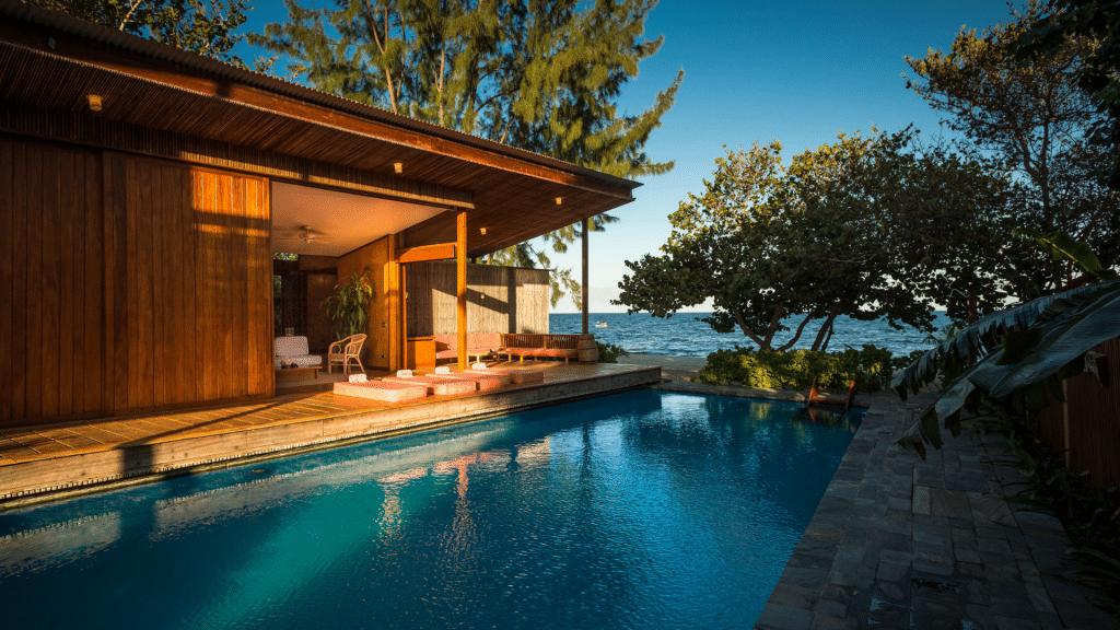 Turtle Inn Belize Pool 1024x576