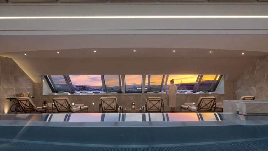 Luxushotel Genf Pool