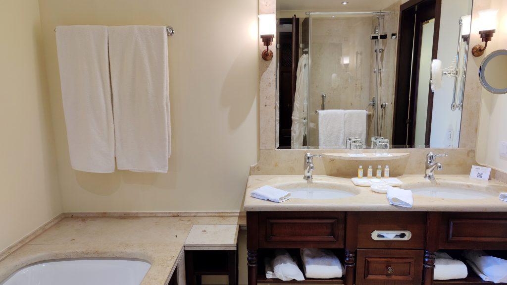 Castillo Hotel Son Vida Mallorca Bad 1024x575