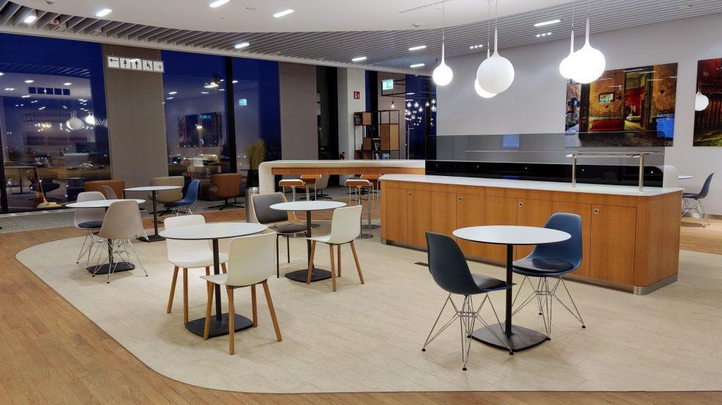 Lufthansa Lounge Berlin Sitzgelegenheiten 1024x575