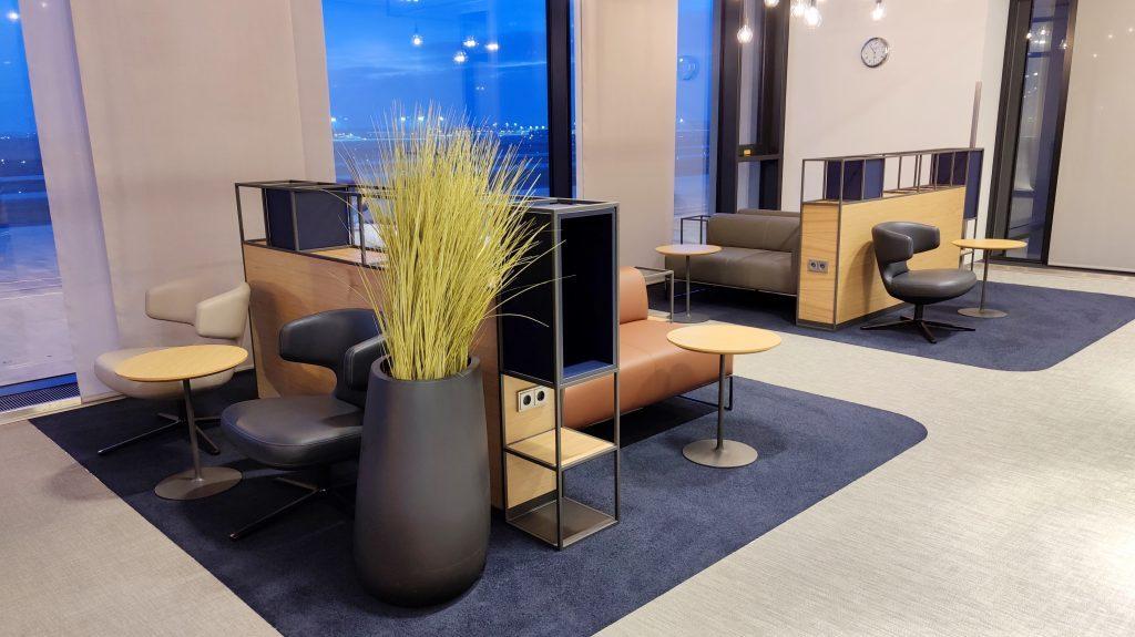 Lufthansa Lounge Berlin Sitzgelegenheiten 12 1024x575