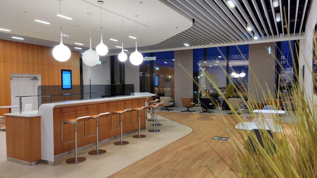 Lufthansa Lounge Berlin Sitzgelegenheiten 2 1024x575