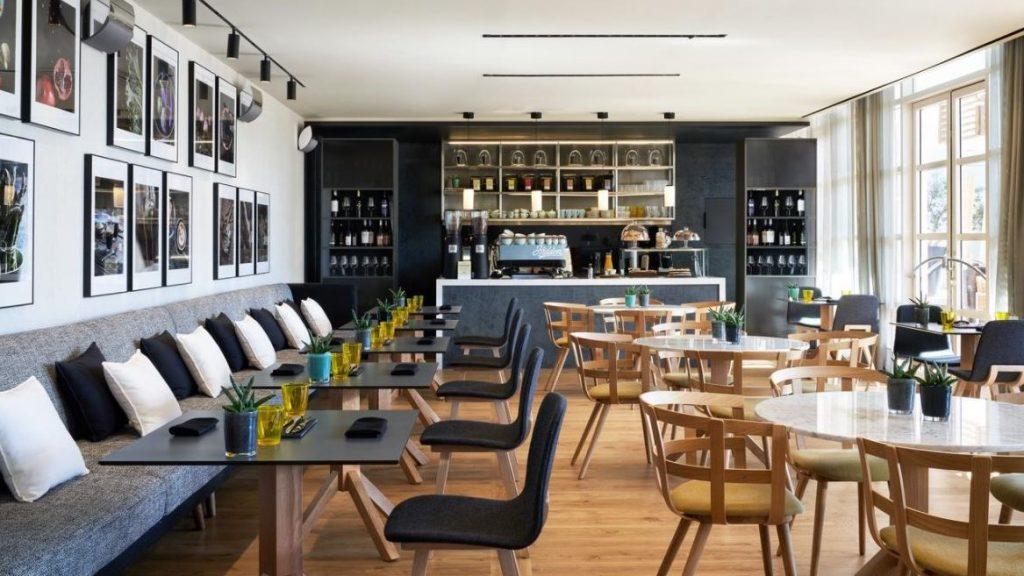 Restaurant Hotel Arts 2