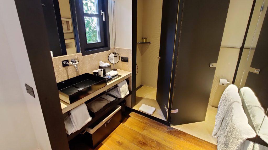 Sant Francesc Hotel Singular Palma De Mallorca Zimmer Bad 2 1024x575