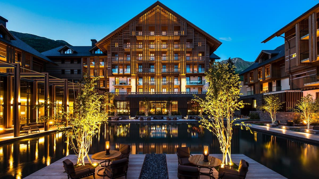The Chedi Andermatt Aussenansicht 1024x576