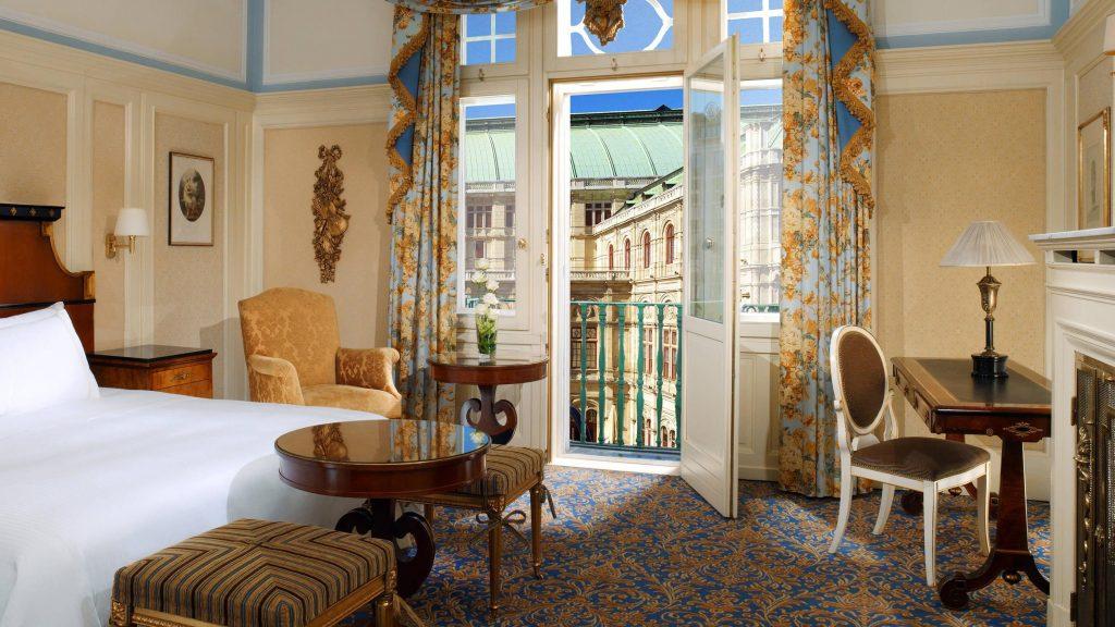 Deluxe Zimmer Hotel Bristol 2