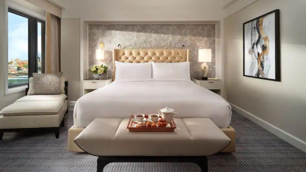 King Size Bett Mandarin Oriental 2