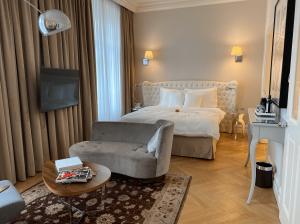 Hotel Sans Souci 04 25 Um 13.04.51
