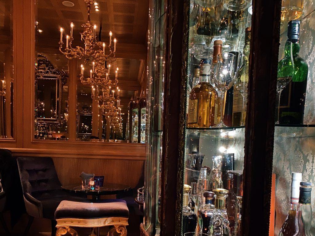 Hotel Sans Souci Bar 1024x768