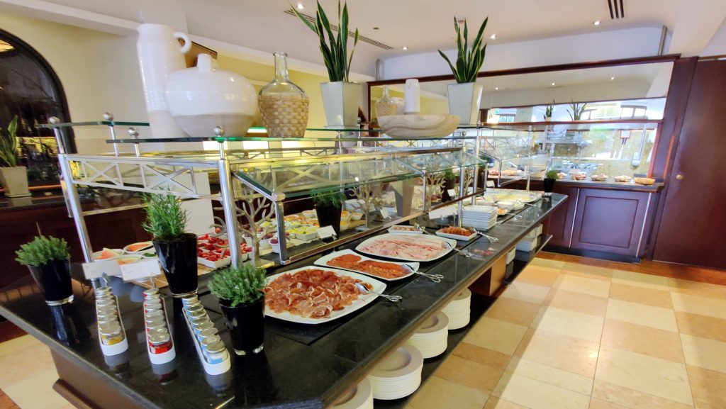 The St. Regis Mardavall Resort Mallorca Frühstück 12 1024x577