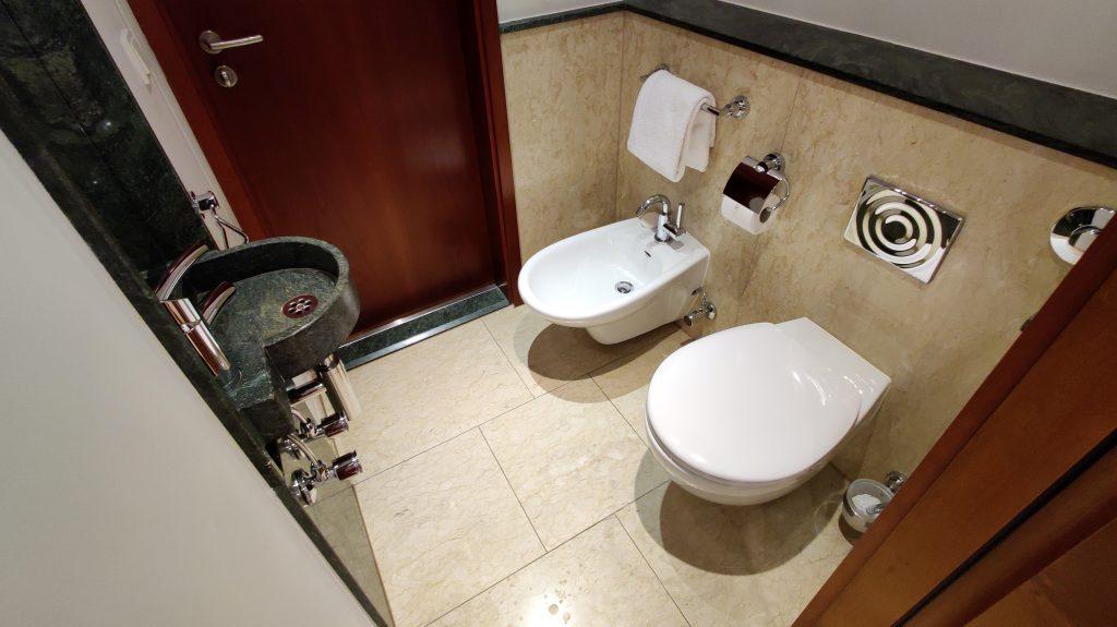 The St. Regis Mardavall Resort Mallorca Junior Suite Bad 6 1024x575