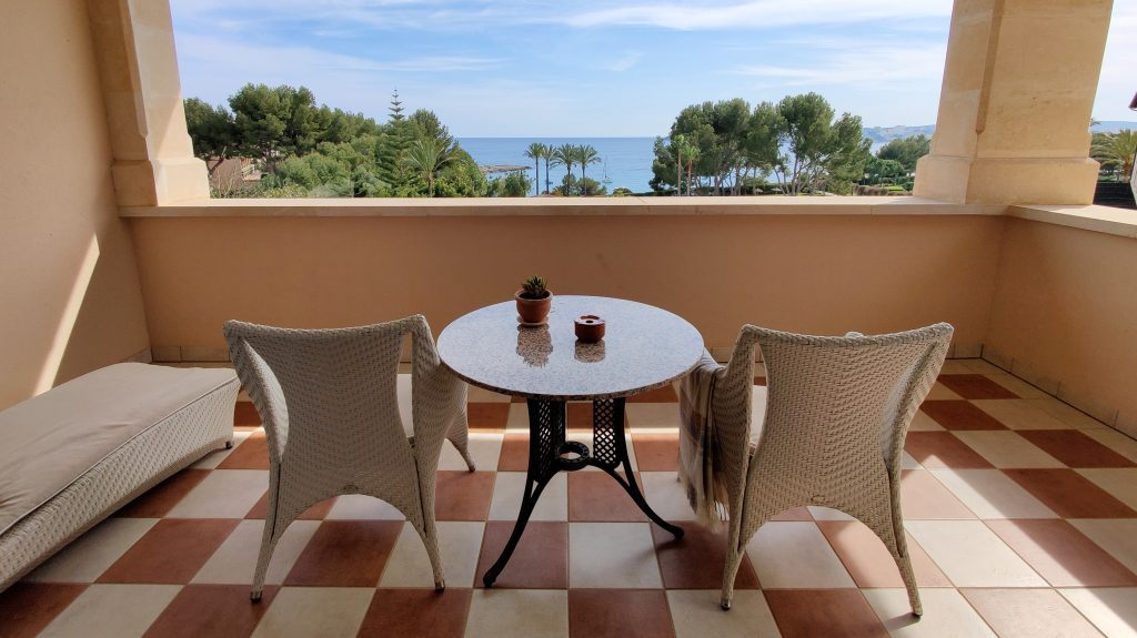The St. Regis Mardavall Resort Mallorca Junior Suite Balkon 2 1024x575