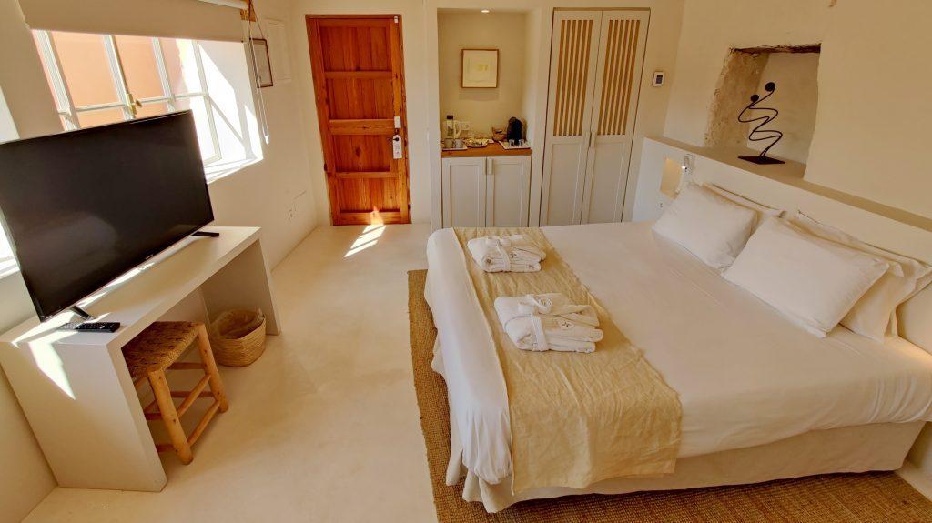 Yartan Boutique Hotel Formentera Junior Suite Zimmer 1024x575